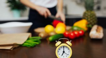 Cropped,Shot,Of,Woman,Cooking,Vegetables,Salad,For,Dinner.,Focus