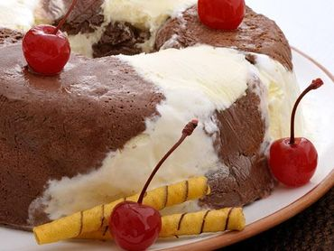 Sorvete com mousse de chocolate