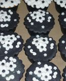 Cupcake Explosion Black and White